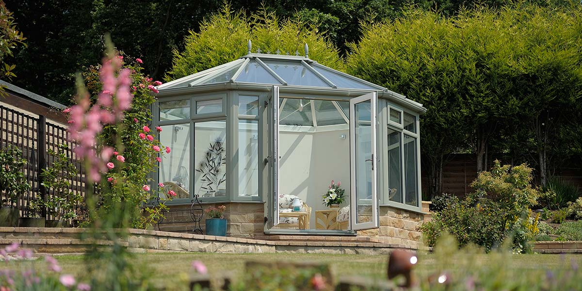 Chartwell Green Summer House with French Doors