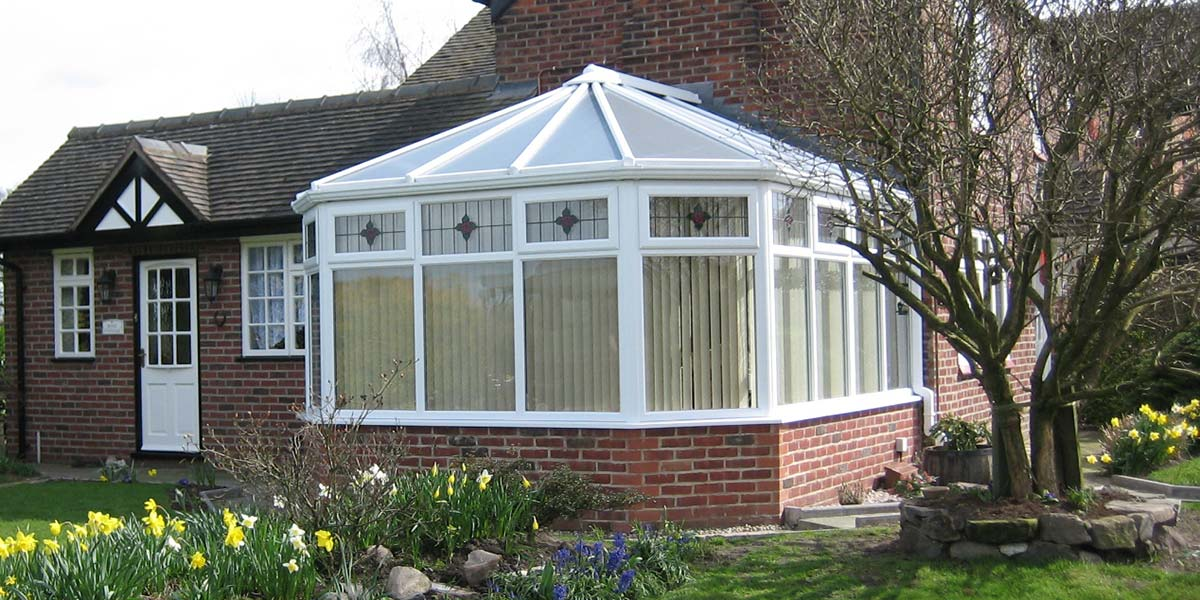 Victorian conservatory designs from 5 star conservatories for Victorian conservatory plans