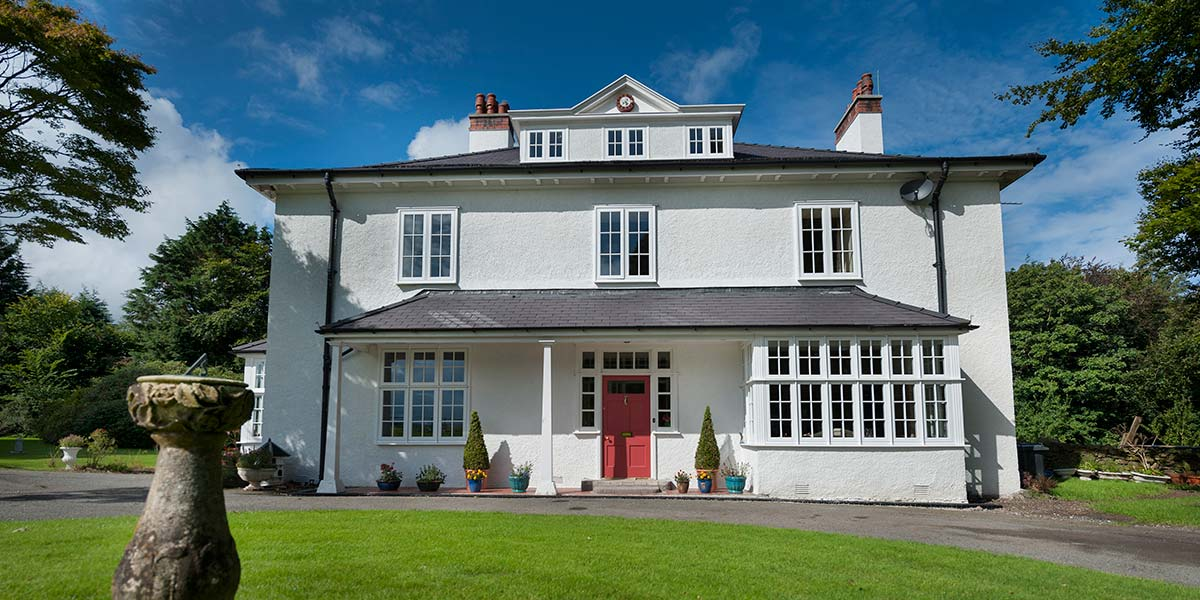 Heritage windows timber effect windows from 5 star for Five star windows