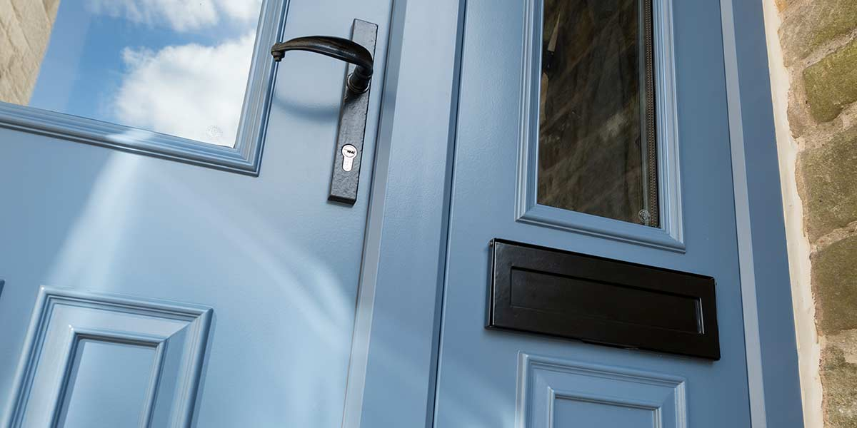 Why Choose A Traditional Style Front Door For Your Home